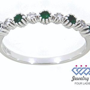 Emerald Alternative Diamond Fine Ring White Gold